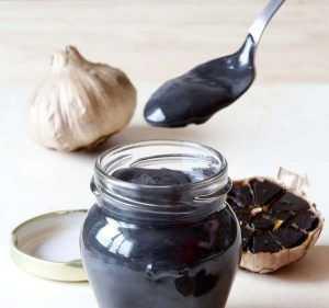 Rezept von schwarzer Knoblauchmayonnaise mit dem Thermomix